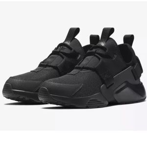 Nike Air Huarache City Low Womens Shoes Triple Blk